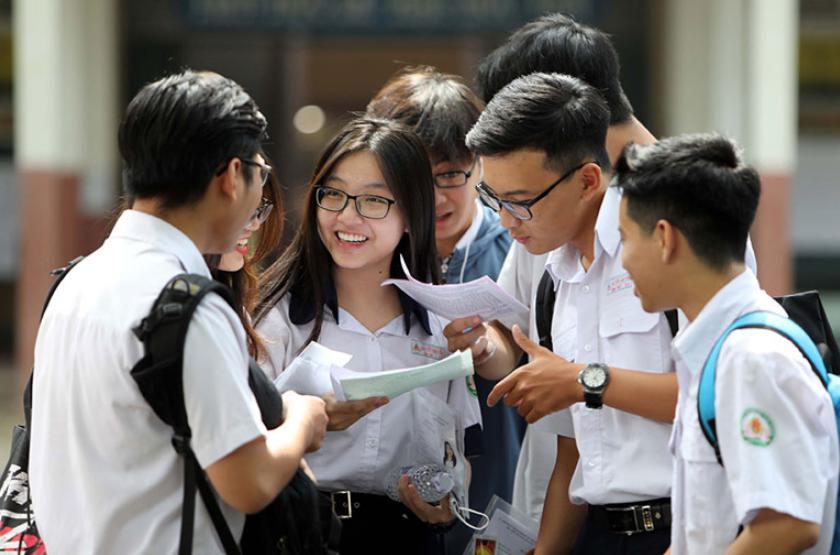 Điểm chuẩn dự kiến của các trường Đại Học khối A phía Bắc, phía Nam trên dưới 20 điểm